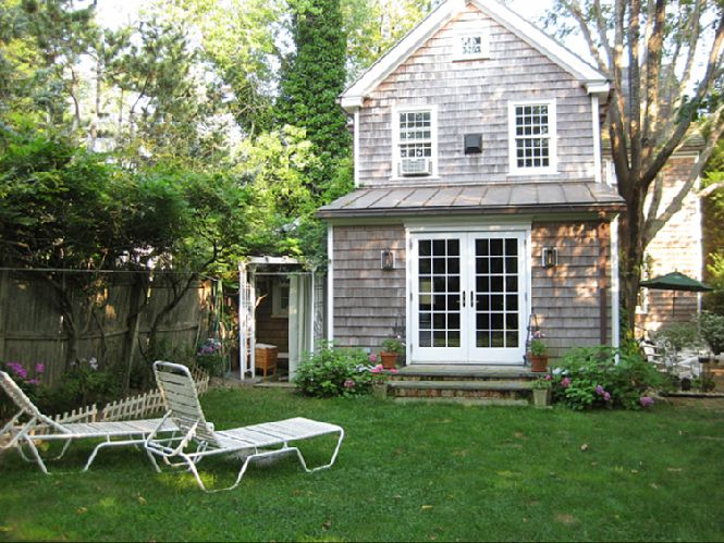 Additional photo for property listing at Sag Harbor Captains Row  Sag Harbor, Nueva York