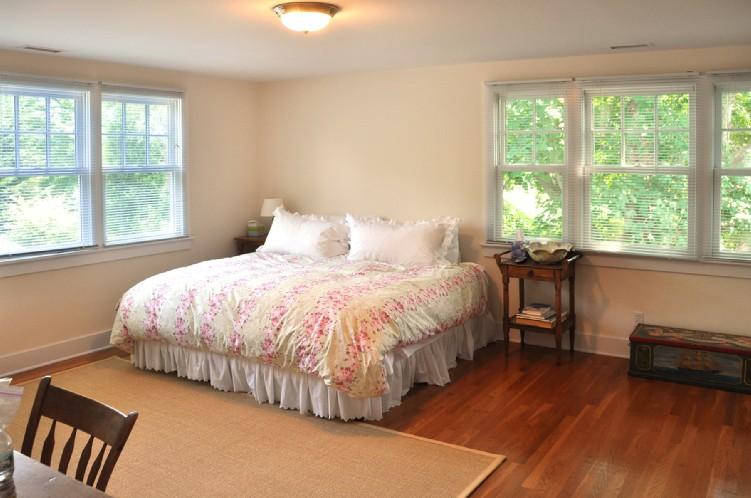 Additional photo for property listing at East Hampton Village Cottage  东汉普顿, 纽约州