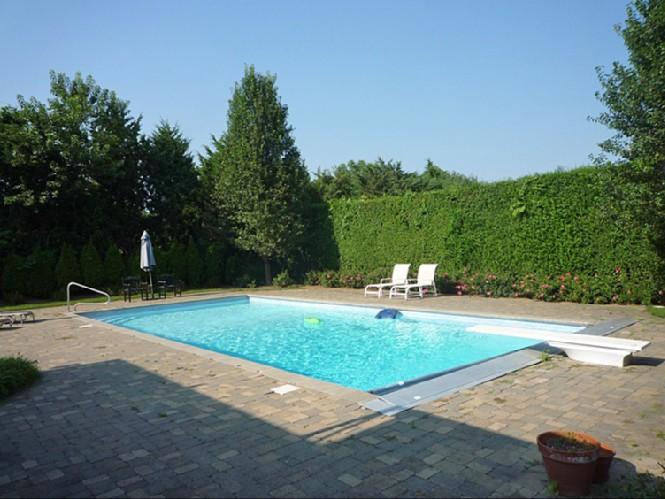 Additional photo for property listing at Village Rental  南安普敦, 纽约州