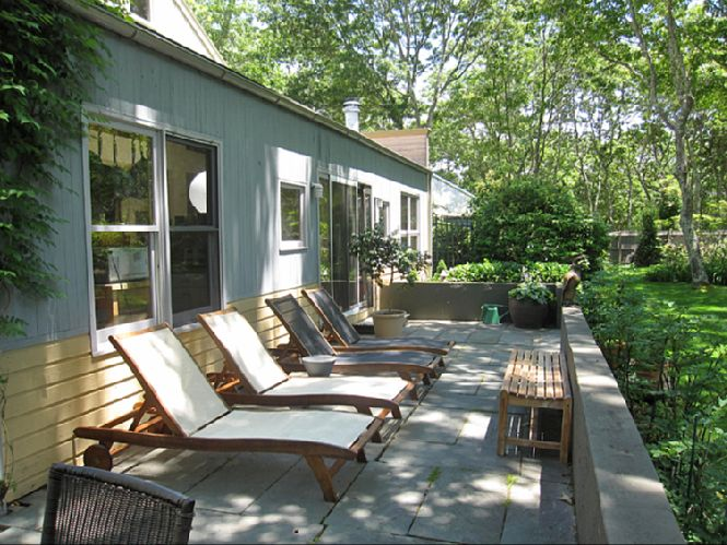 Additional photo for property listing at Sagaponack With Clean Modern Interiors  萨加波纳克, 纽约州