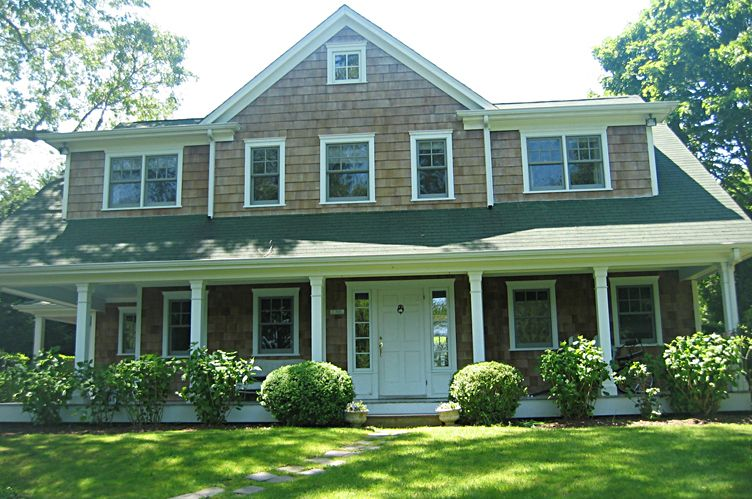 Additional photo for property listing at Traditional Elegance  Sag Harbor, New York