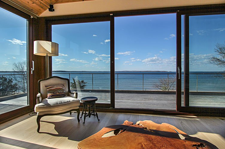 Casa Unifamiliar por un Alquiler en Modern Living On The Beach Sag Harbor, Nueva York