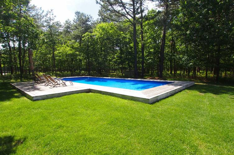 Additional photo for property listing at Post Modern For Summer Rental  East Hampton, Nueva York