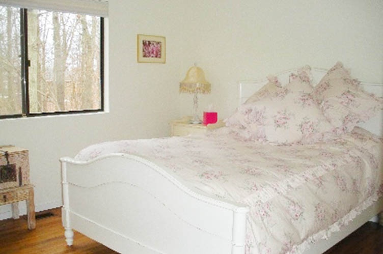 Additional photo for property listing at Beautiful Rental  Bridgehampton, Nueva York