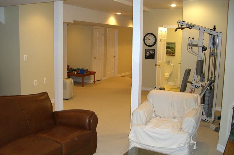 Additional photo for property listing at Traditional With Tennis In Great East Hampton Location  东汉普顿, 纽约州