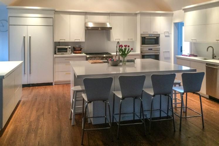 Additional photo for property listing at Bridgehampton Village Charmer  Bridgehampton, Nueva York