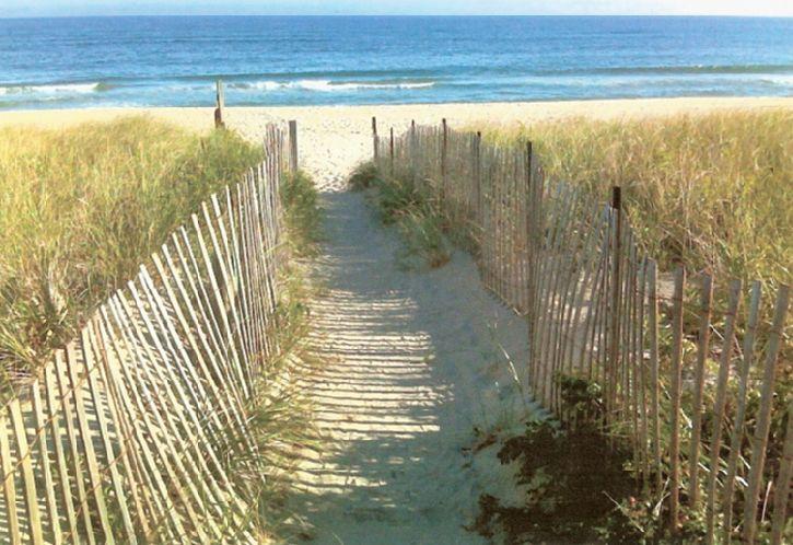 Casa Unifamiliar por un Alquiler en Short Distance To The Ocean Amagansett, Nueva York