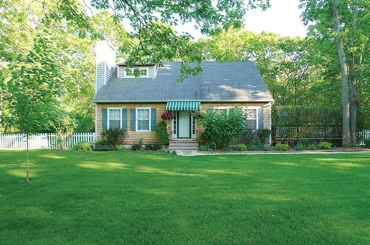 Additional photo for property listing at Bridgehampton Cul De Sac  汉普顿, 纽约州