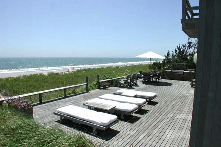 Additional photo for property listing at Amagansett Oceanfront  Amagansett, New York