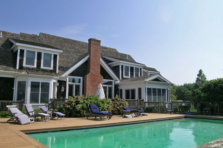 Additional photo for property listing at Village Fringe Post Modern  East Hampton, New York