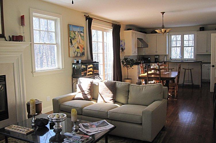 Additional photo for property listing at Sag Harbor Retreat  Sag Harbor, New York