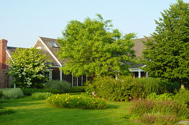 Additional photo for property listing at Private And Quiet Bridgehampton South  Bridgehampton, New York
