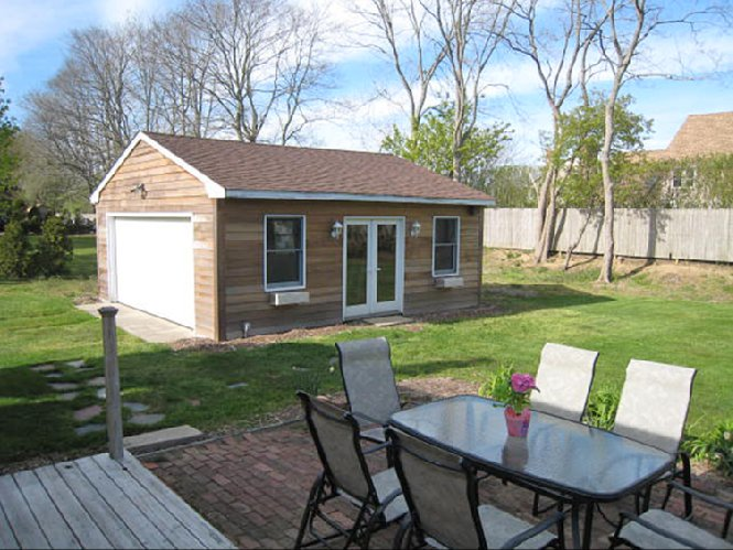 Additional photo for property listing at Southampton Village  Southampton, New York