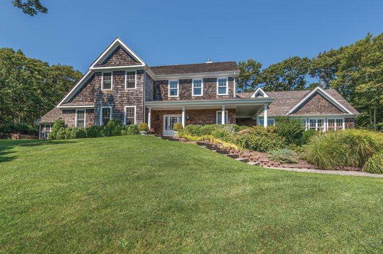 Single Family Home for Sale at Traditional Home With Wonderful Views 42 Tony Tiska's Path, Water Mill, New York