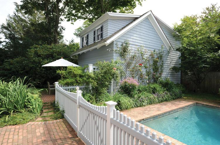 Additional photo for property listing at Village Gem  Southampton, New York