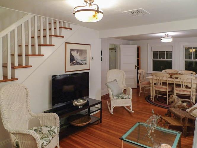 Additional photo for property listing at Amagansett Farmhouse  Amagansett, New York
