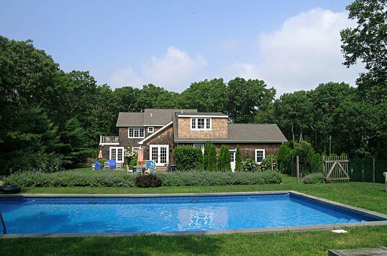 Additional photo for property listing at East Hampton Post Modern  East Hampton, New York