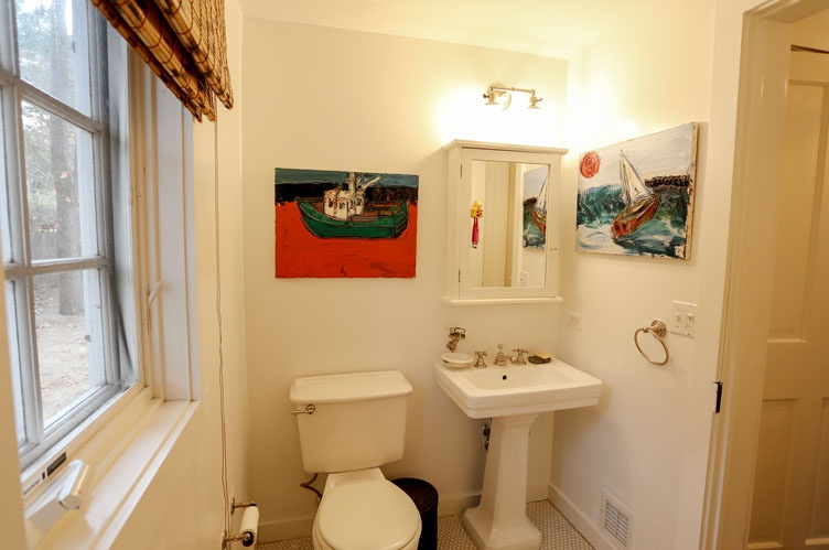 Additional photo for property listing at Sag Harbor Village Cottage  萨格港, 纽约州