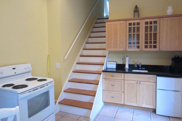 Additional photo for property listing at Sag Harbor Cottage  Sag Harbor, New York