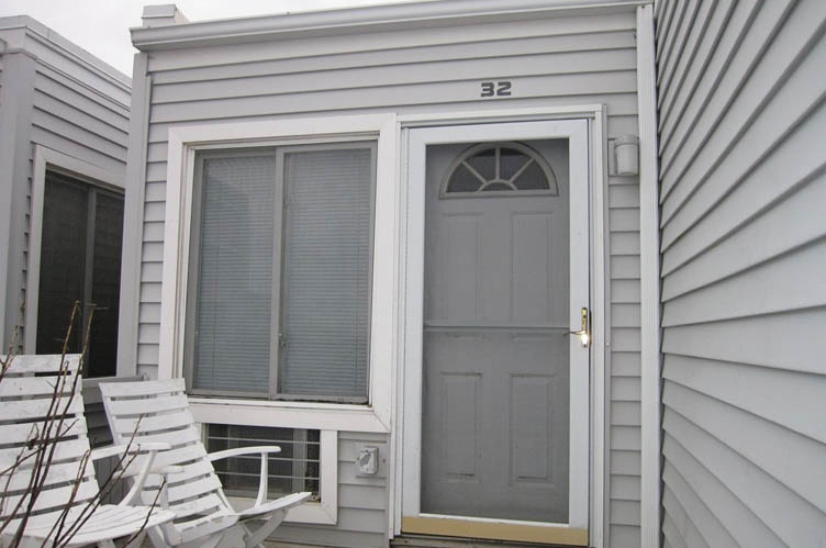 Condominio por un Alquiler en Oceanfront Condo Westhampton, Nueva York