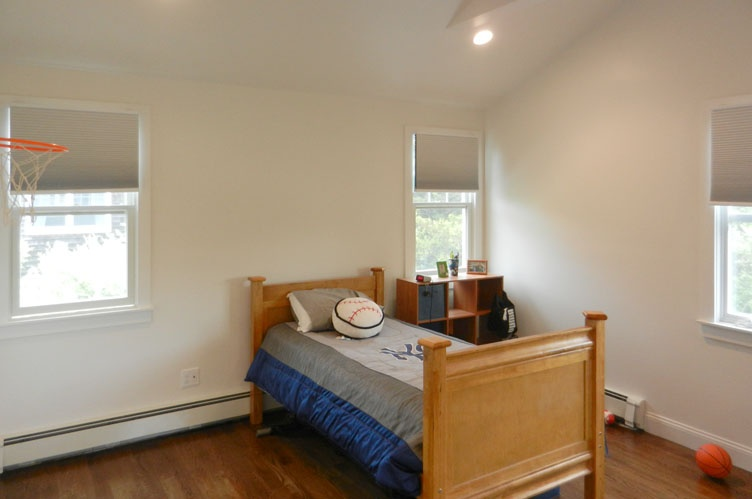 Additional photo for property listing at Convenient In Southampton Village  Southampton, New York