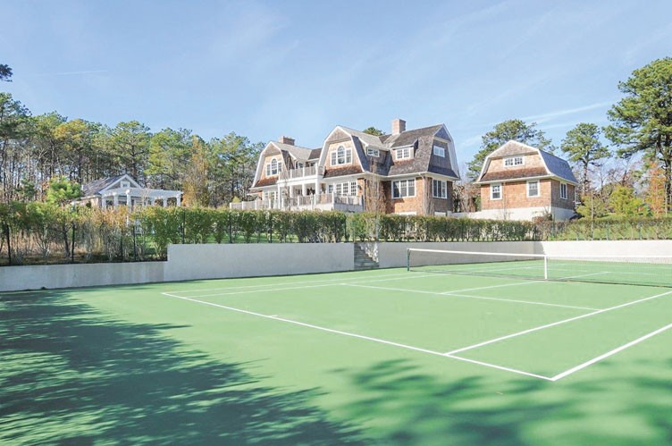 Casa Unifamiliar por un Alquiler en Water Mill Estate With Pool And Tennis Water Mill, Nueva York