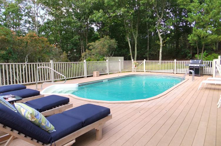 Additional photo for property listing at Well Appointed  Sag Harbor, Nueva York