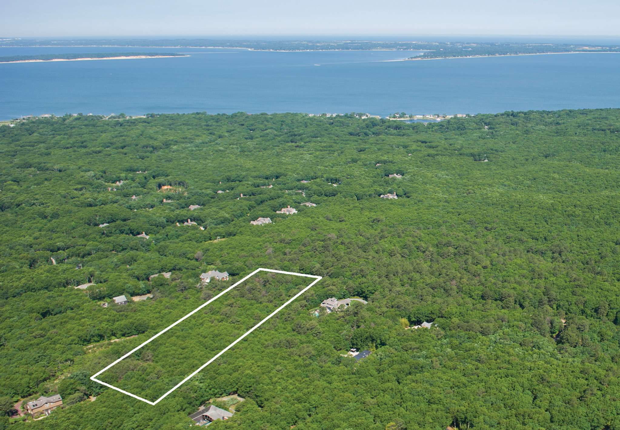 Single Family Home for Sale at Secluded 3 Acres In Southampton 142 Middle Line Highway, Southampton, New York