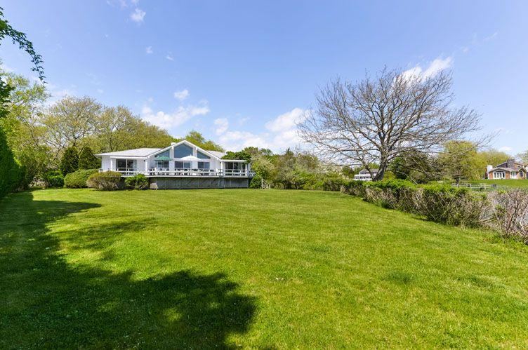 Additional photo for property listing at Southampton Village  Southampton, New York