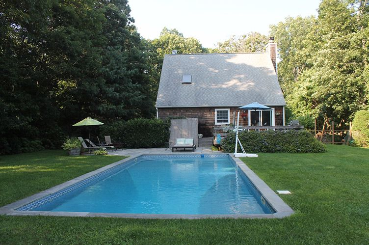 Additional photo for property listing at Privacy In Springs  East Hampton, Nueva York