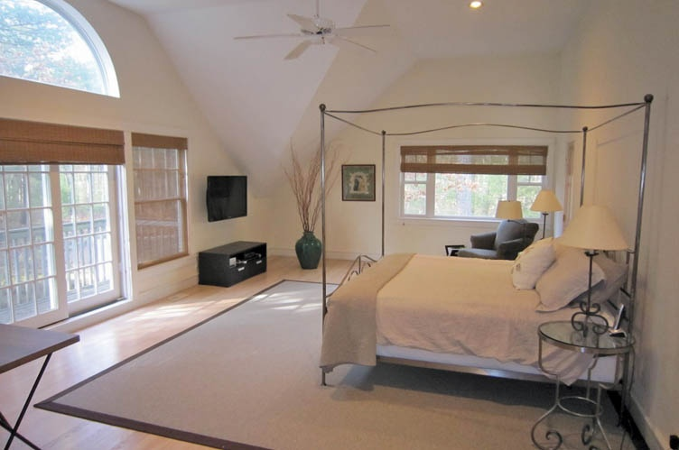 Additional photo for property listing at East Hampton  East Hampton, New York