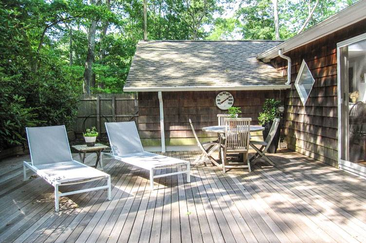Additional photo for property listing at East Hampton Cottage  East Hampton, Nueva York