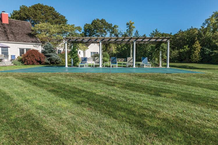 Additional photo for property listing at Sagaponack With Tennis  Sagaponack, Nueva York