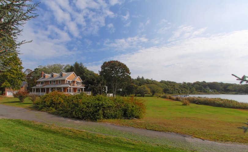 Single Family Home for Sale at Shelter Island Traditional With Dock, Pool And Solar Heat Shelter Island, New York