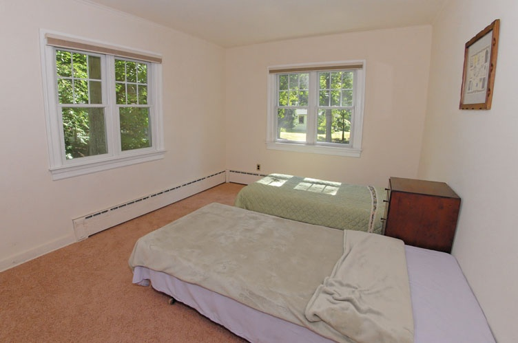 Additional photo for property listing at Sunset Beach Water View  Shelter Island, Nueva York