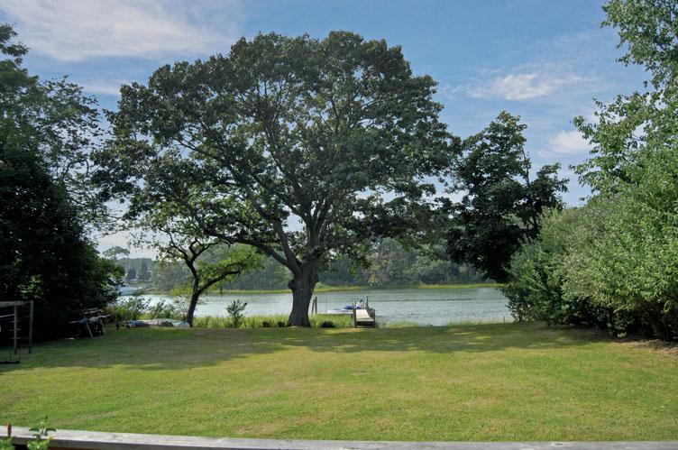 Additional photo for property listing at Sailor's Delight On Shelter Island Menantic Creek  谢尔顿岛, 纽约州