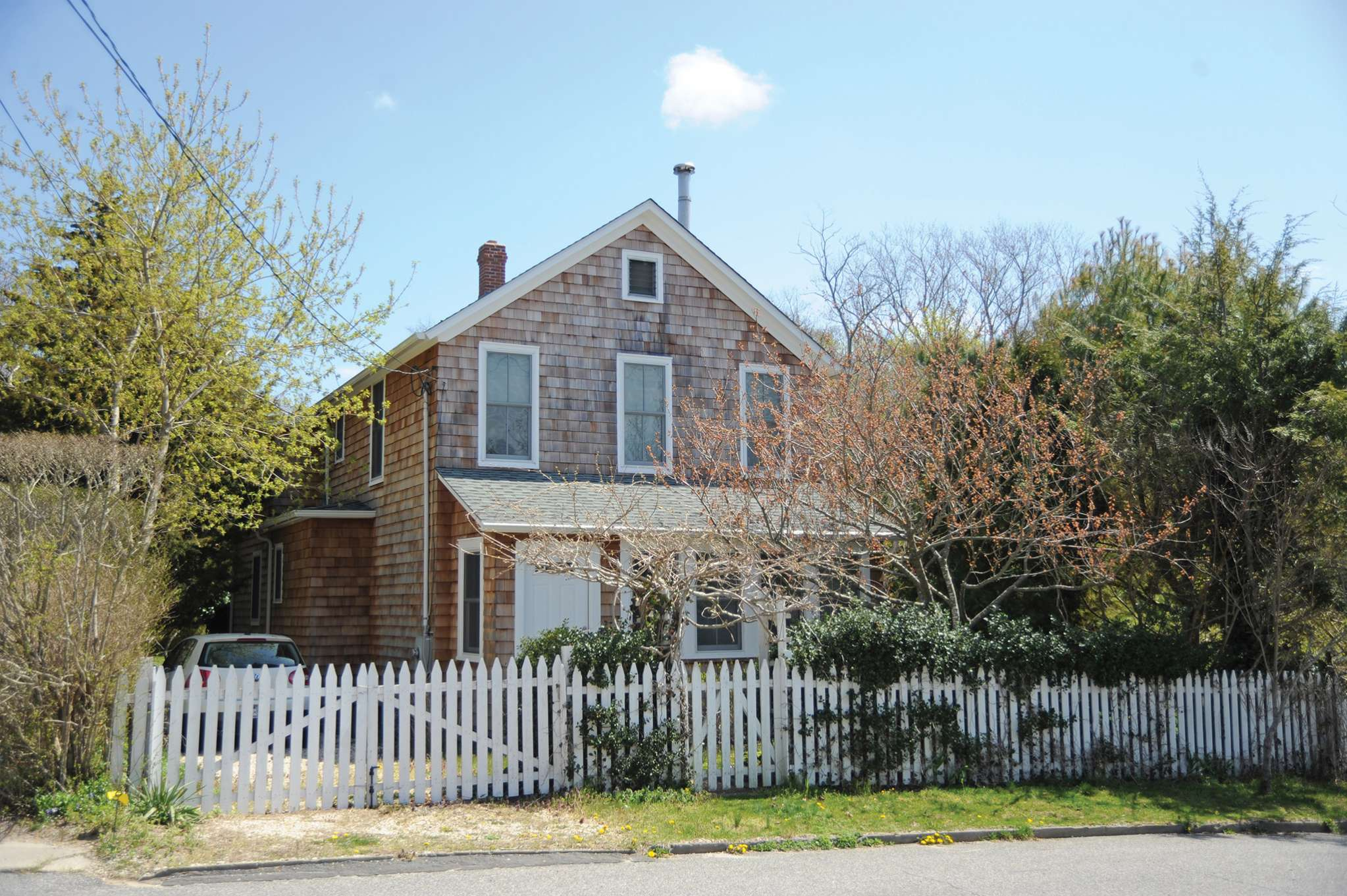 Single Family Home for Rent at Quintessential Sag Harbor 33 Oakland Avenue, Sag Harbor, New York