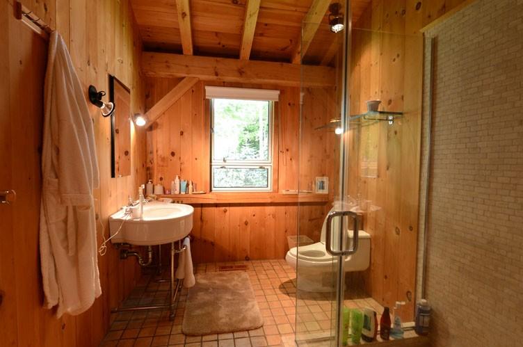 Additional photo for property listing at Quiet Street Close To Bridgehampton Village  Bridgehampton, New York