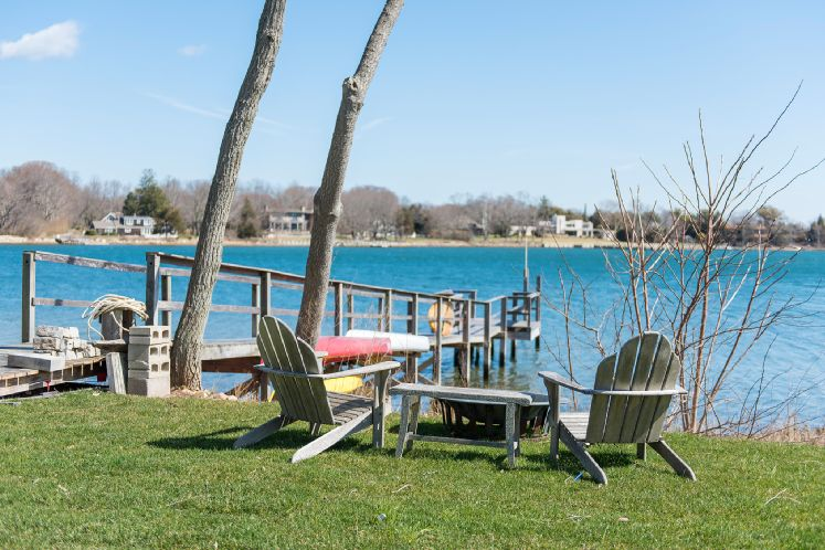 Additional photo for property listing at New Sag Harbor Waterfront With Dock  萨格港, 纽约州