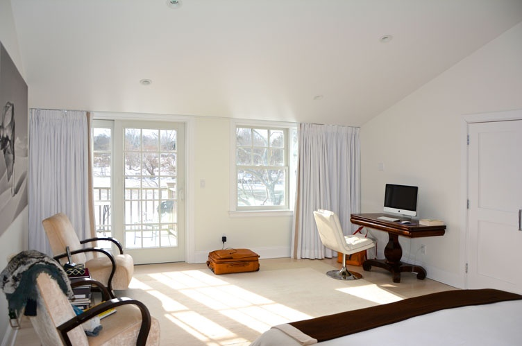 Additional photo for property listing at Lakefront Southampton  Southampton, Nueva York
