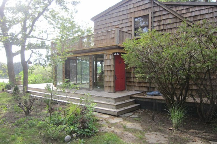 Additional photo for property listing at Southampton Pondfront Cottage  南安普敦, 纽约州