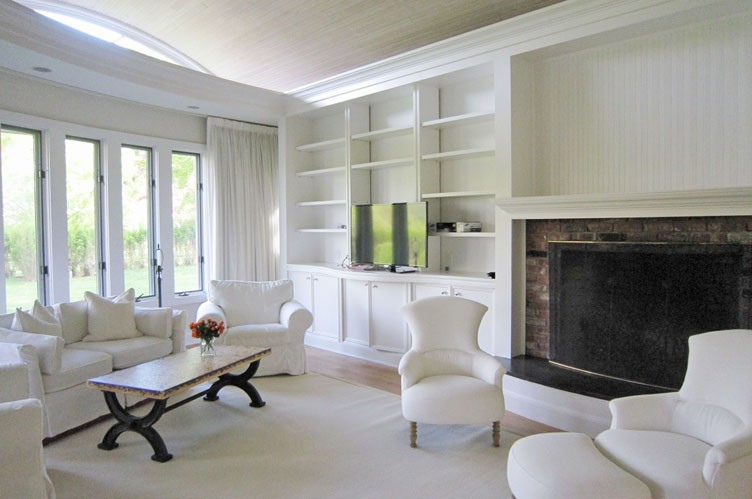 Additional photo for property listing at Lily Pond Lane  East Hampton, New York