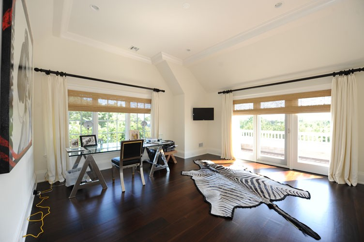 Additional photo for property listing at Water Mill South On A Reserve  Water Mill, 纽约州