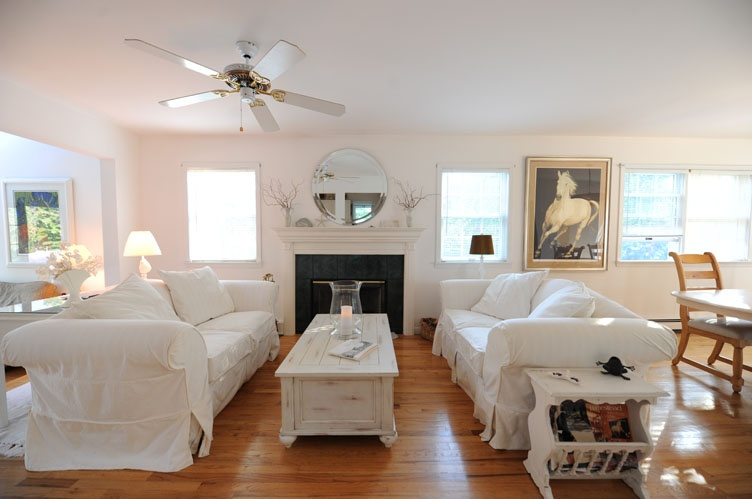 Additional photo for property listing at Water Mill Cottage  Water Mill, Nueva York