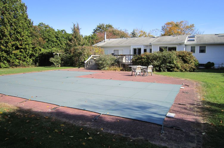 Single Family Home for Sale at Southampton Village Home Southampton, New York