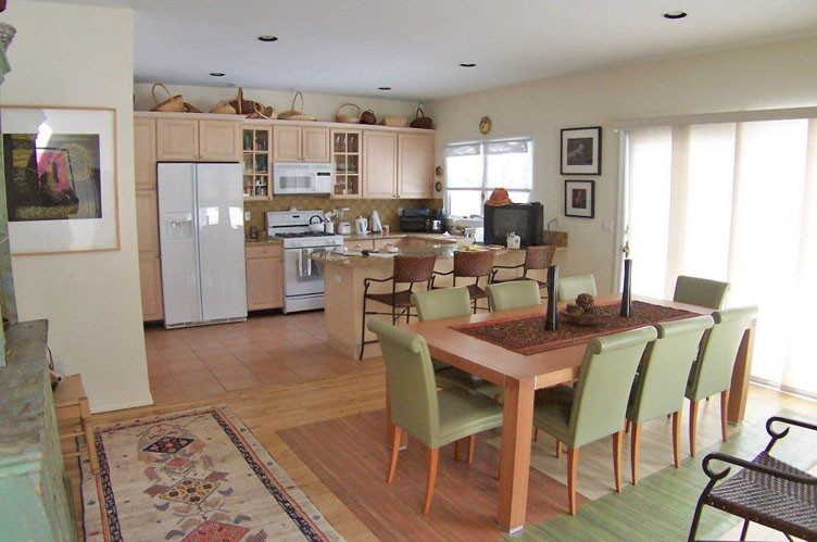 Additional photo for property listing at Wainscott Rental With Tennis  Sagaponack, Nueva York