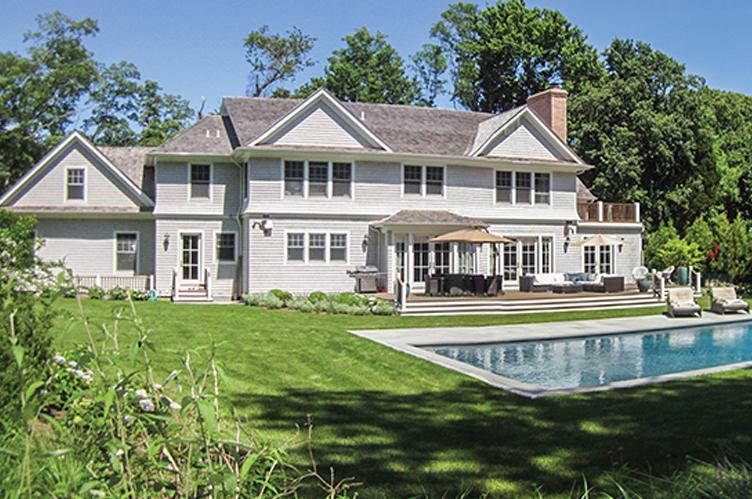 Casa Unifamiliar por un Alquiler en Luxury Home In Prestigious North Haven Point Sag Harbor, Nueva York