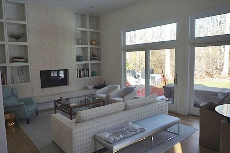 Additional photo for property listing at Sag Harbor Gem  Sag Harbor, New York