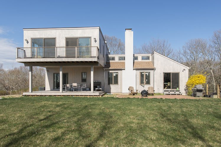 Additional photo for property listing at Water Views In Sag Harbor  Sag Harbor, New York