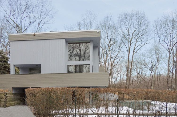 Additional photo for property listing at Beautiful Contemporary Sag Harbor  Sag Harbor, New York